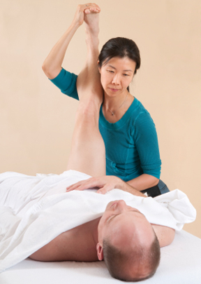Proprioceptive neuromuscular facilitation (PNF) in Boulder. Skilled massage therapists