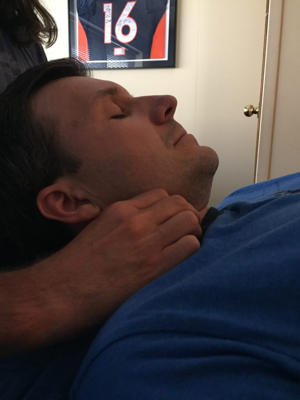 Massage therapy for neck pain